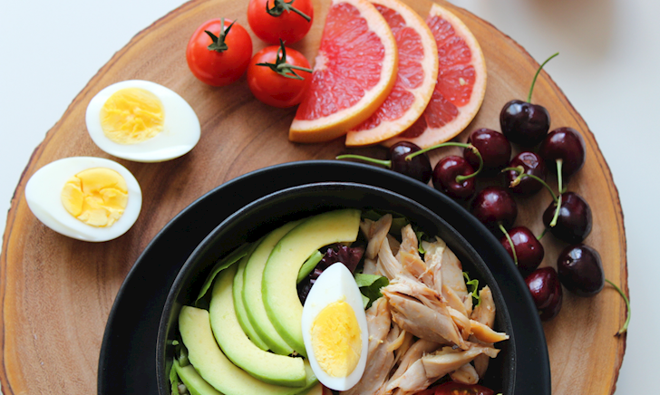 7 lầm tưởng phổ biến của anh em về chế độ ăn uống lành mạnh