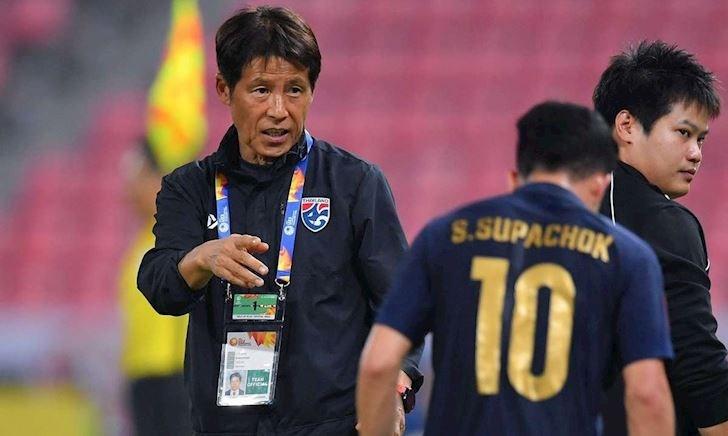 """Fan Thái Lan chạnh lòng: """"Mất Nishino, Việt Nam sẽ lại vượt xa chúng ta nữa"""""""