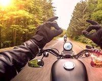 Tổng hợp cách điều khiển xe máy, mô tô để tránh mỏi và an toàn
