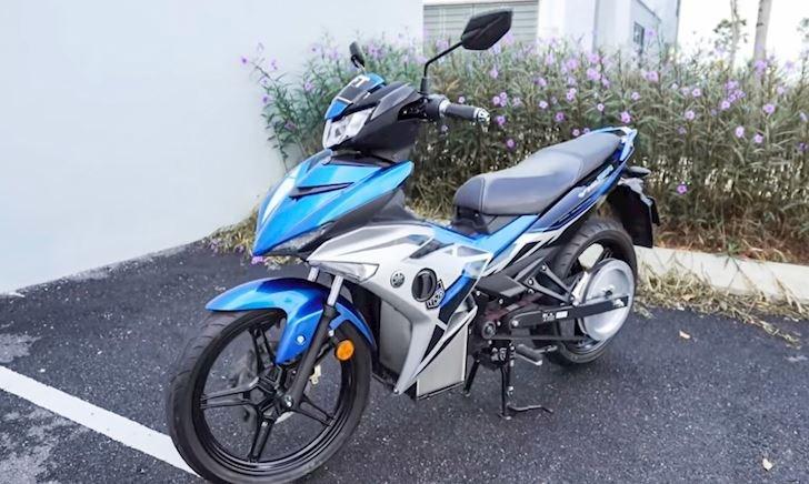 Yamaha Exciter chạy điện đầu tiên trên Thế Giới, mô men xoắn ngang siêu mô tô