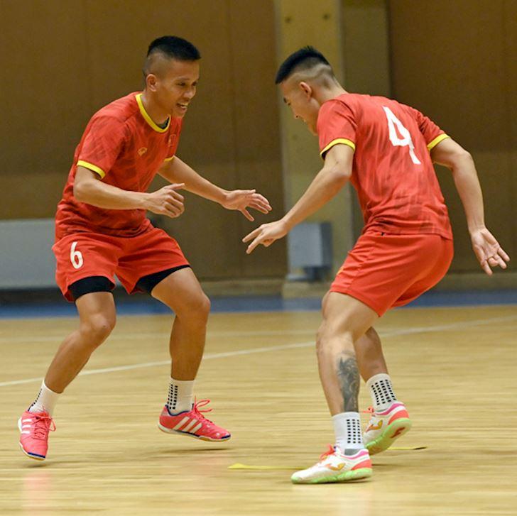Truyen-thong-the-gioi-phan-futsal-Viet-Nam-chac-chan-pha-luoi-Brazil-1