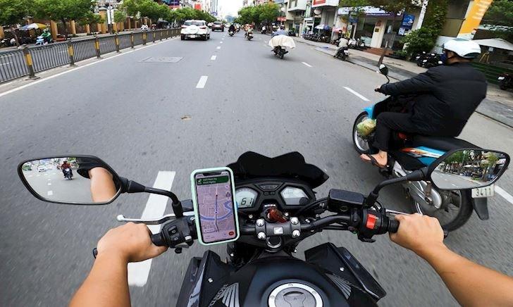 Chớ dại gắn Iphone trên xe máy vì camera của nó có thể hỏng