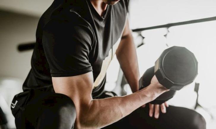 Nghiên cứu cho thấy: Đàn ông cơ bắp dễ nhiễm bệnh hơn người khác