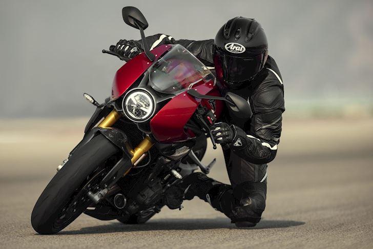 cuoi cung triumph speed triple 1200rr cung ra mat mot chiec sportbike co dien 3