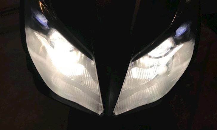 Lý do đèn xe máy hay bị đọng hơi nước và cách xử lý