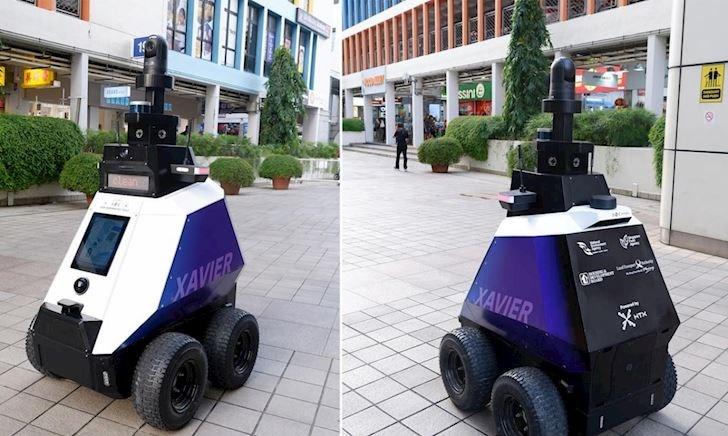 Singapore ra mắt robot chuyên trị mấy thanh niên đậu xe trên vỉa hè