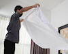 Nghiên cứu mới: 1/3 nam giới chưa bao giờ thay ga trải giường