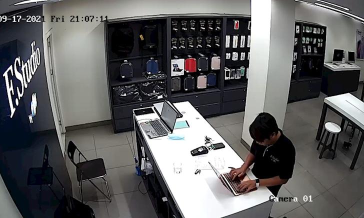 Nhân viên FPT Shop bị tố lén đánh cắp dữ liệu cá nhân khách hàng khi sửa máy