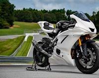 Bản đua của Yamaha YZF-R6 GYTR 2022, ngập tràn trang bị