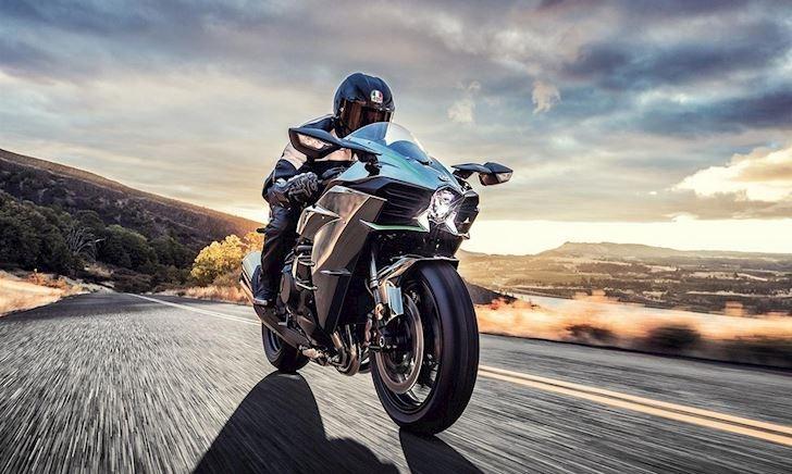 Kawasaki phát triển mô tô Hybrid với bộ siêu nạp bằng điện
