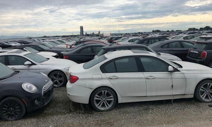 Gần 3.000 xe BMW và Mini mới toanh bị bỏ ngoài trời suốt 6 năm đến mục nát