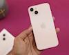 Mở hộp iPhone 13 Hồng - phiên bản được nam giới mua nhiều nhất