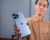 YouTuber bỏ hơn 140 triệu đồng để mang ba chiếc iPhone 13 về Việt Nam sớm nhất